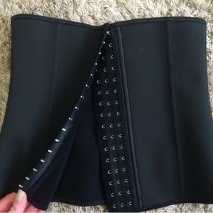 Other - NWOT Latex Corset/Waist Trainer